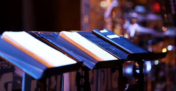 To Use or Lose the Music Stands: Is That the Question? - Worship Matters